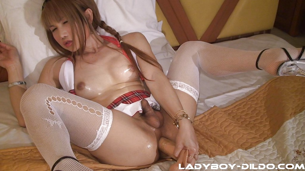 Teen ladyboy masturbation