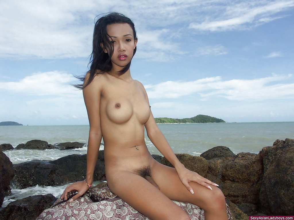thai ladyboy beach