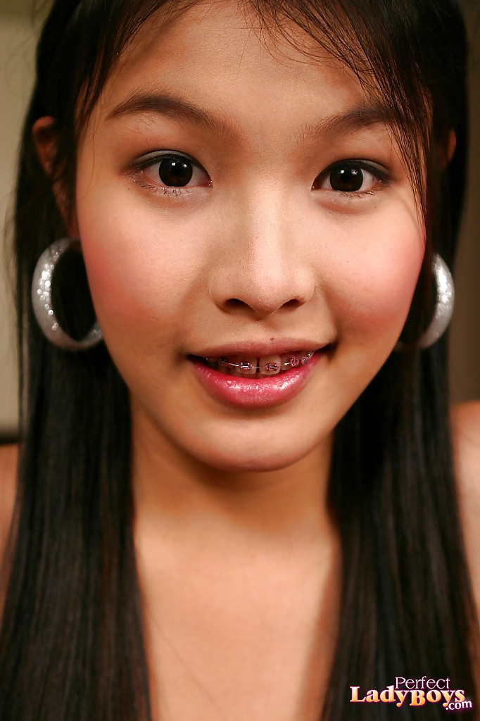 porn Asian with braces