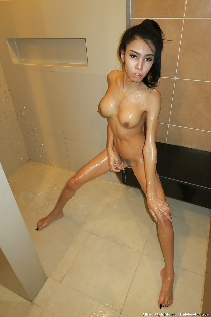 Thai girl ass shower fuck