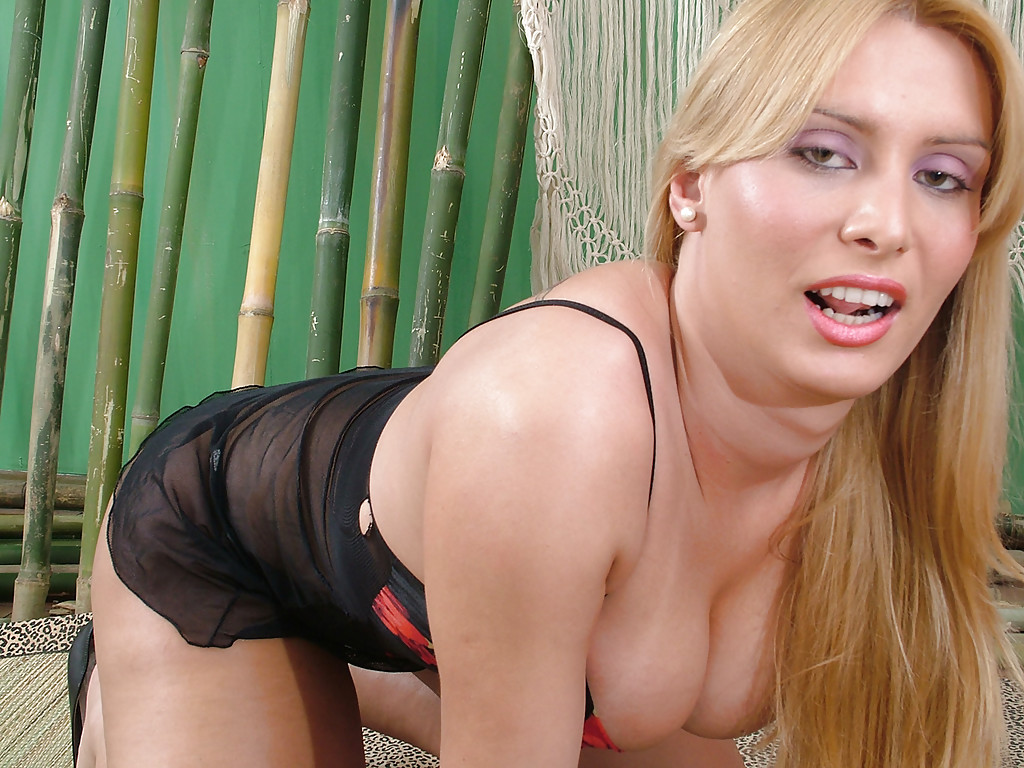 big blonde tranny