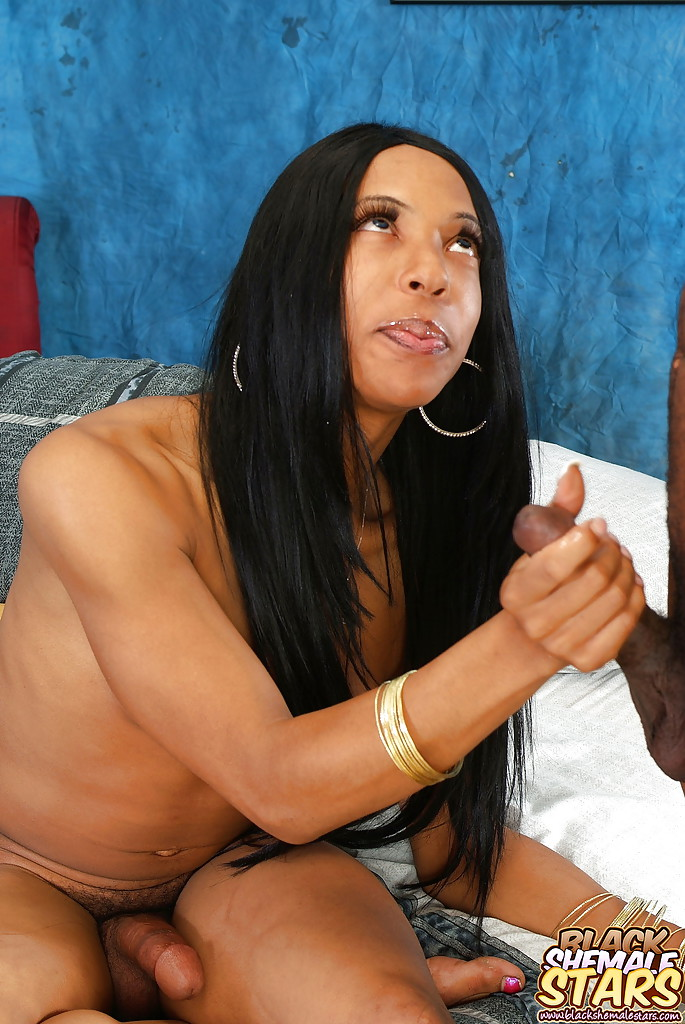 ebony ts blowjob