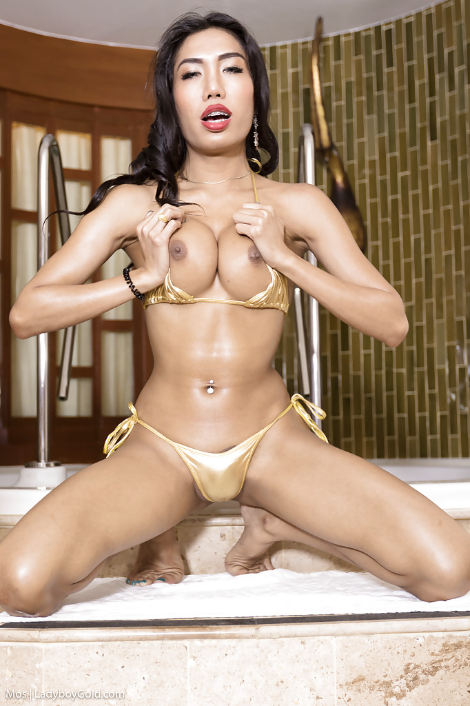 Oiled asian shemales