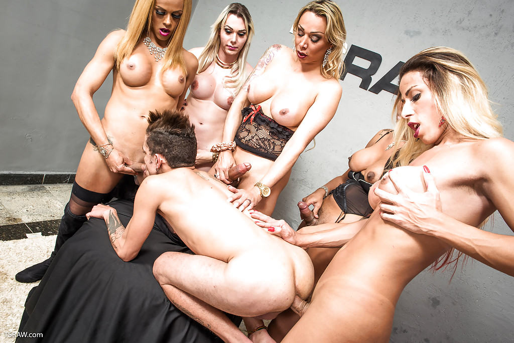 Shemale On Shemale Gangbang With A Guy Mixed In There Too